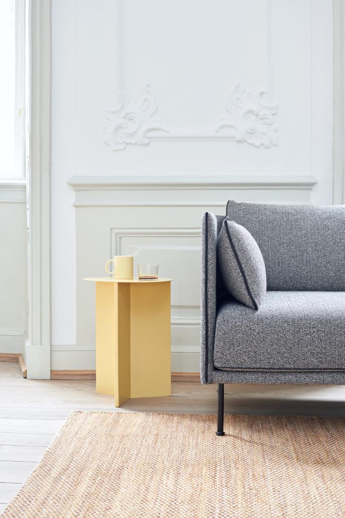 Slit Table High Light yellow_Silhouette Sofa Olavi 03_Moire Kelim yellow