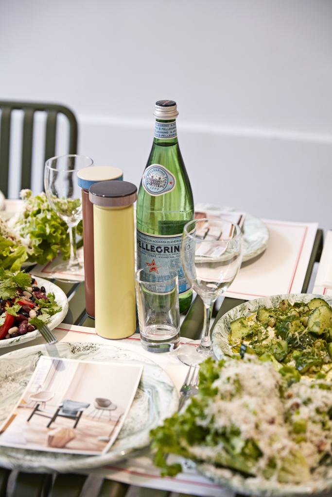 Salt and Pepper M yellow_Salt and Pepper M terracotta_Soft Ice Dinner Plate green (1)